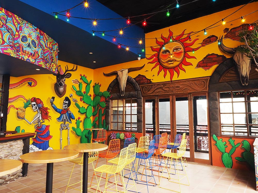 Hand-painted mural artwork for Señor Peppers nightclub in Northbridge
